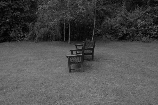 bench2.jpg